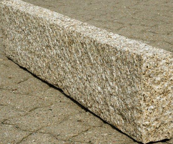 Gelber Granit Preis : bauzentrum beckmann naturstein palisaden stelen ~ Michelbontemps.com Haus und Dekorationen